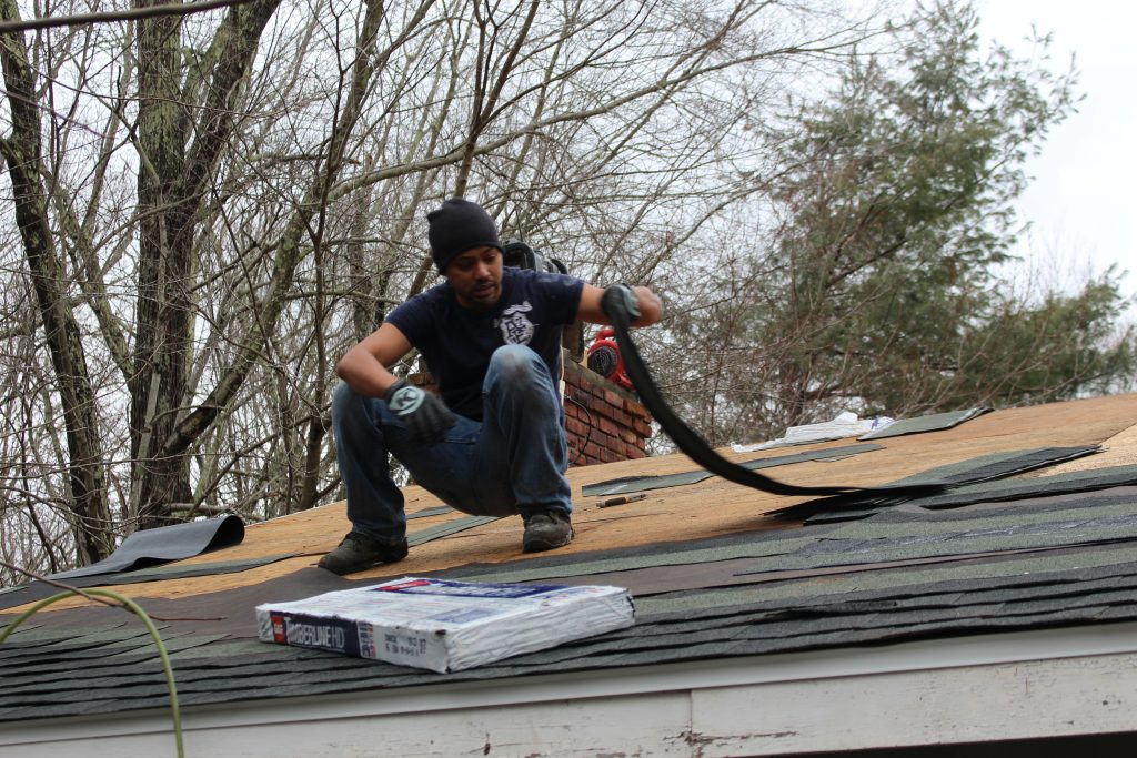 Jerryll Replacing A Roof